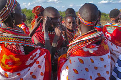 Kenyan ladies in traditional dress