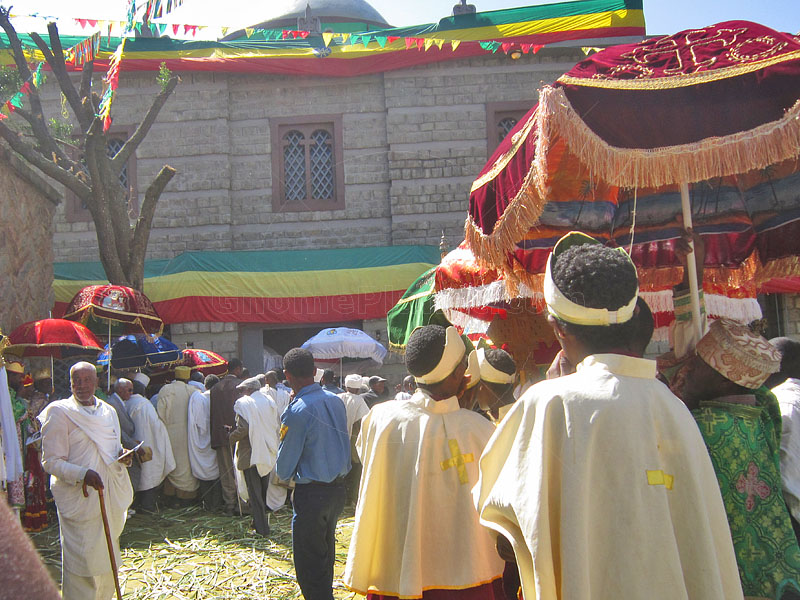 Dedication procession waits in front of the replacement 'Chapel of the Tablet'