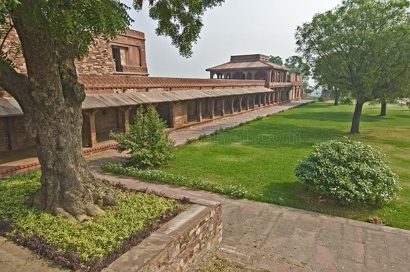 Exterior gardens of Emperor Akbar's abandoned Royal Palace at Fatehpur Sikri.