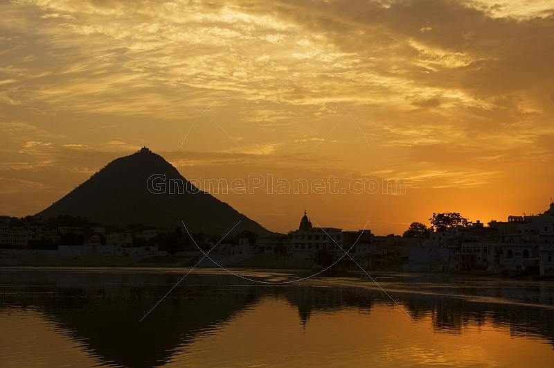Pushkar Lake and temples at sunset.