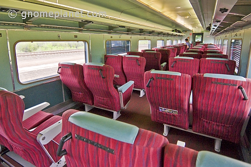 australian long distance trains day nighter seating and red class carriage notes. Black Bedroom Furniture Sets. Home Design Ideas