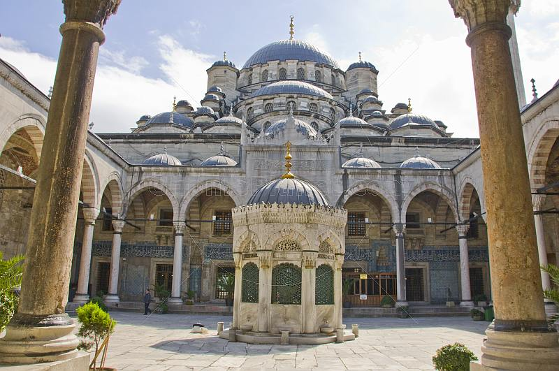 Exterior courtyard view of Yeni or new mosque in Eminonu.