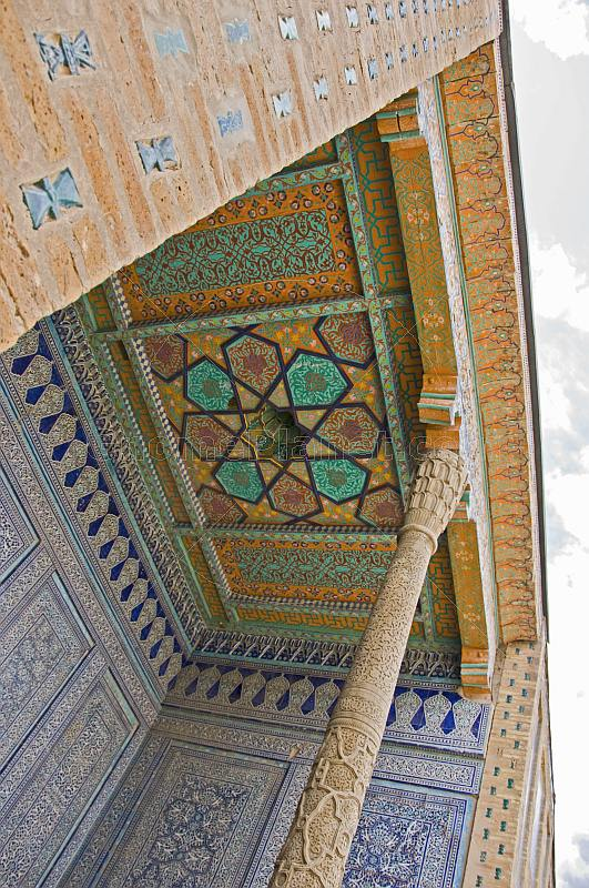 Blue ceramic tile-work and painted ceiling at the Tosh-Hovli Palace.