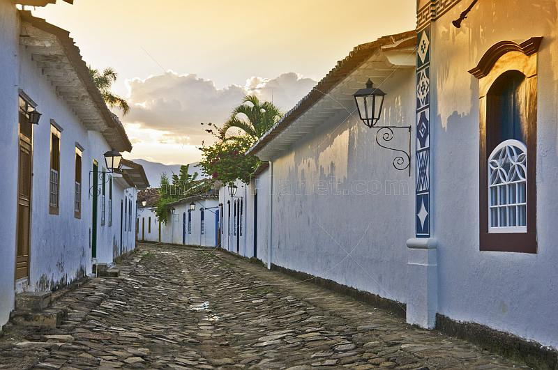 Empty colonial cobbled street in Parati old town.