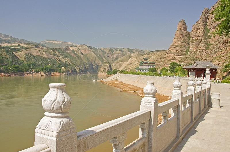 Buddhist temples at Bingling Si, on the Yellow River, near Yongjing.