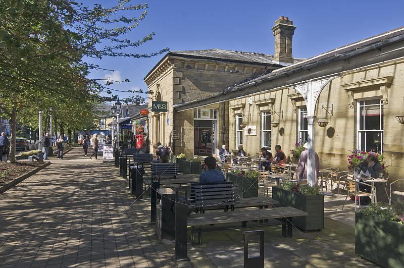 Outdoor cafe at Ilkley Railway Station on Station Road.